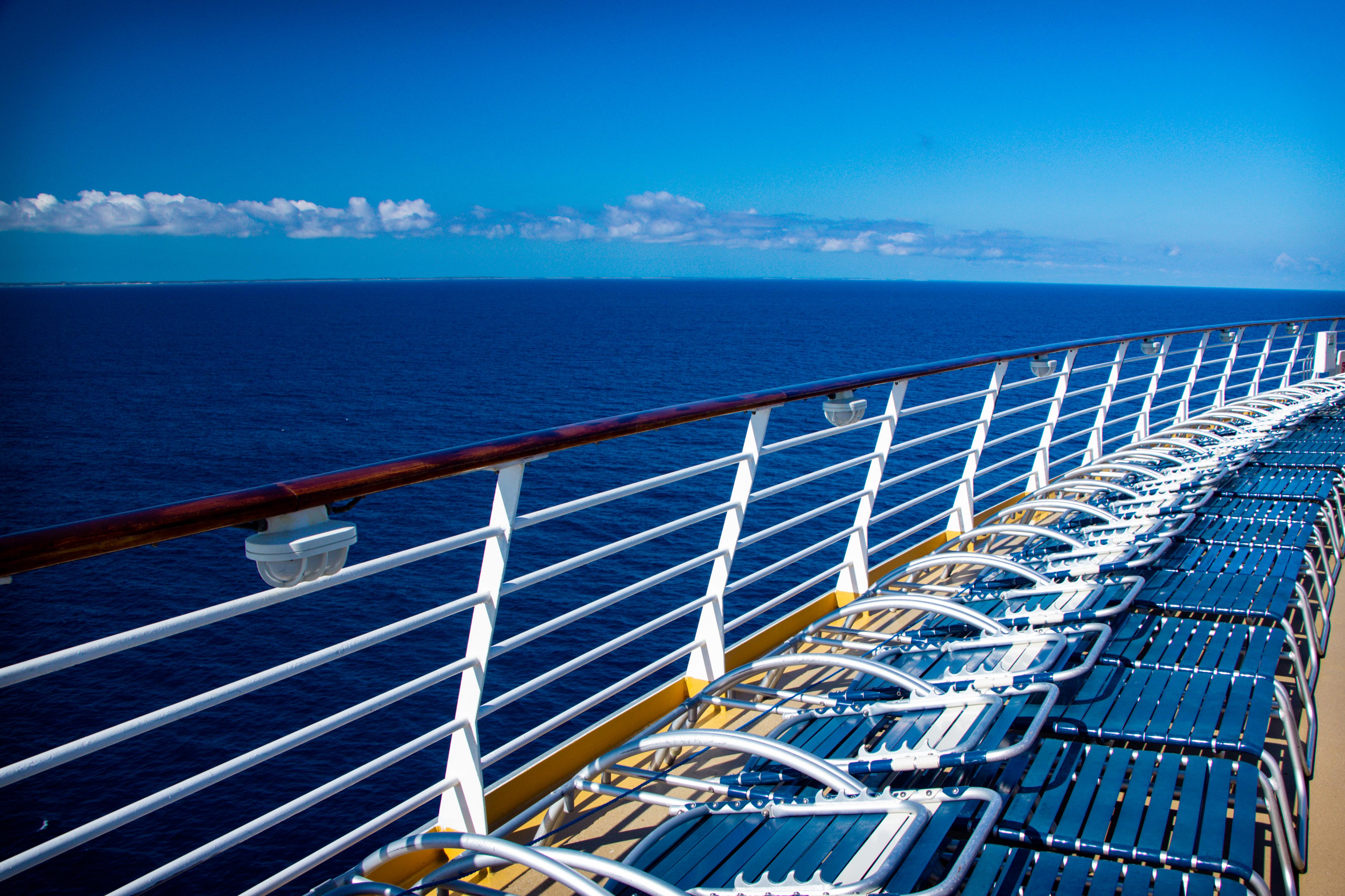 Navegar pelos mares em luxuosos cruzeiros 10