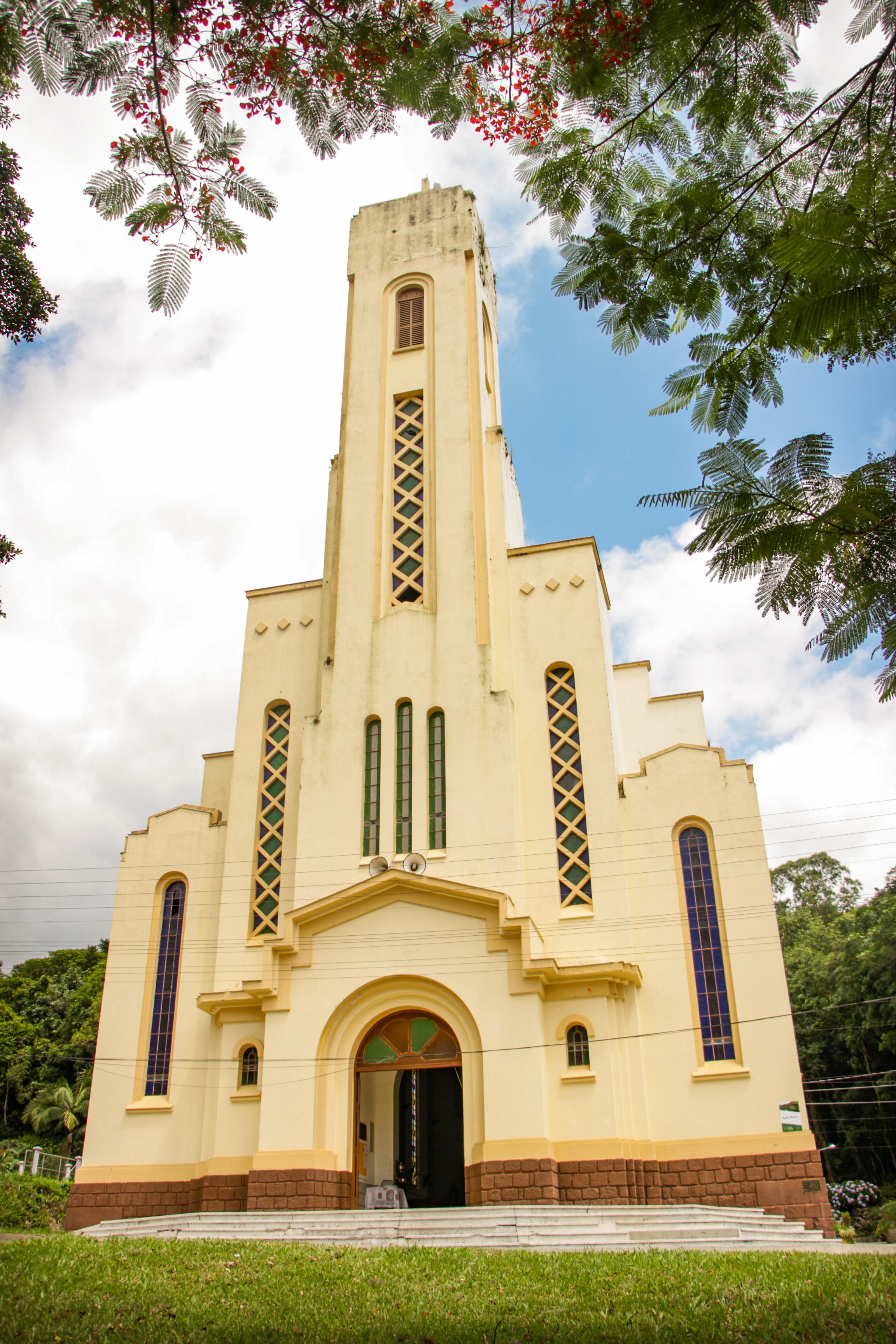 DOM PEDRO DE ALCÂNTARA Paróquia da Nossa Senhora do Amparo