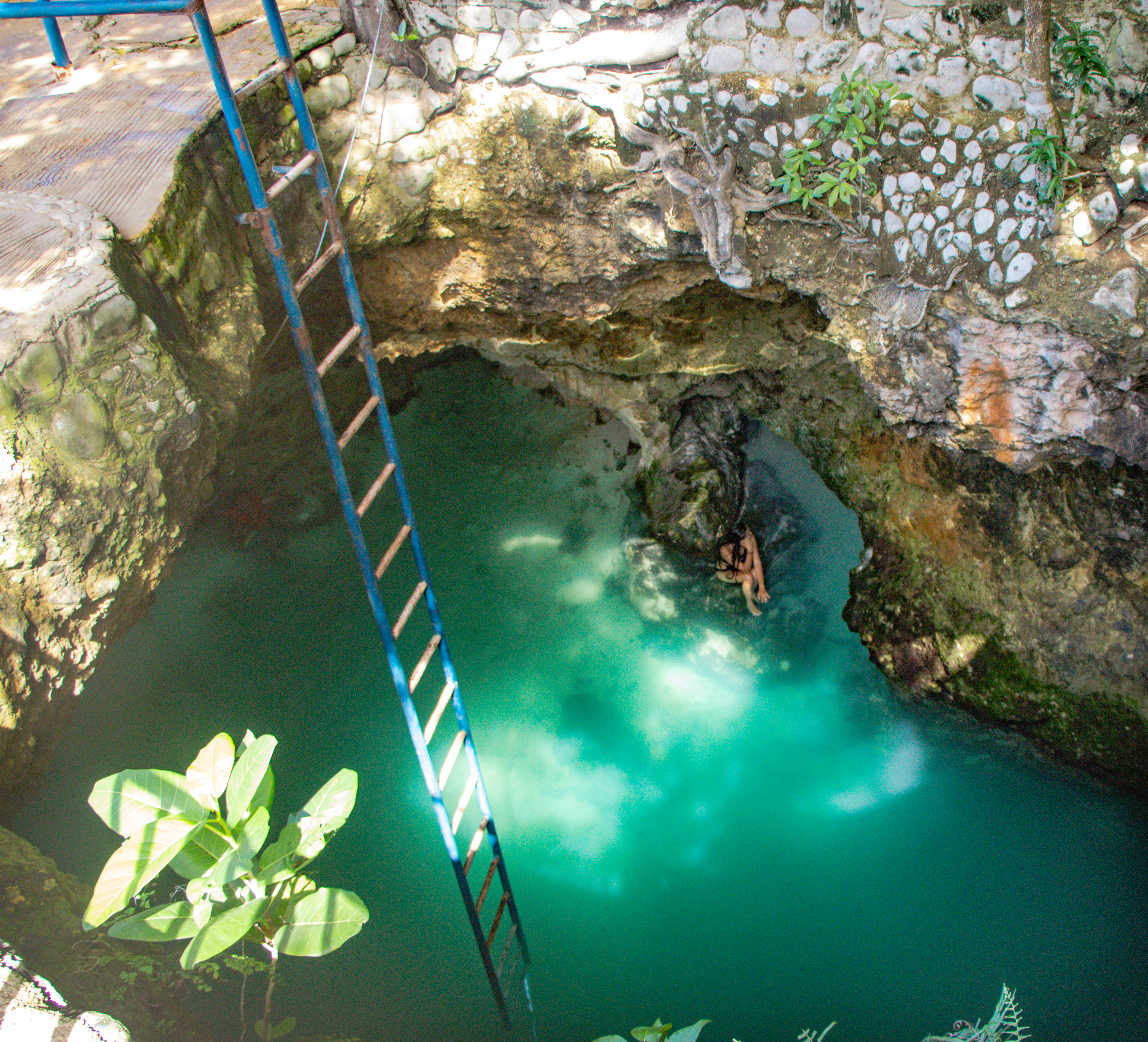 NEGRIL: Blue Hole Mineral Spring