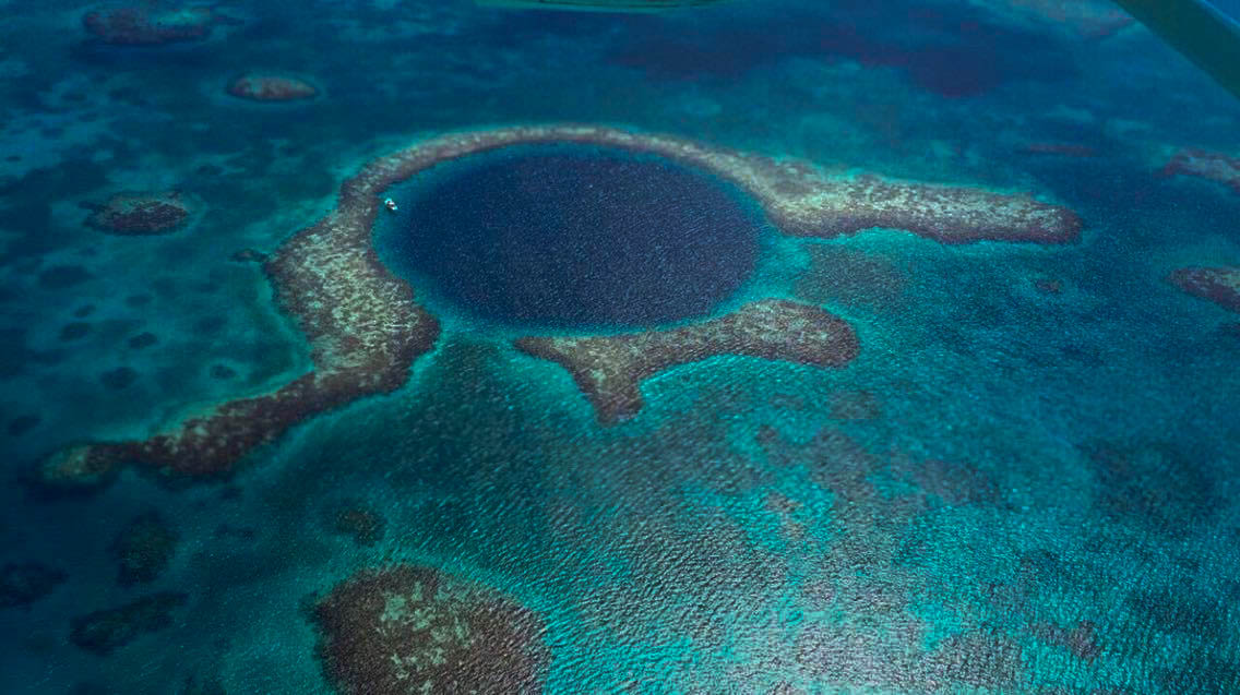 Great Blue hole buraco azul belize