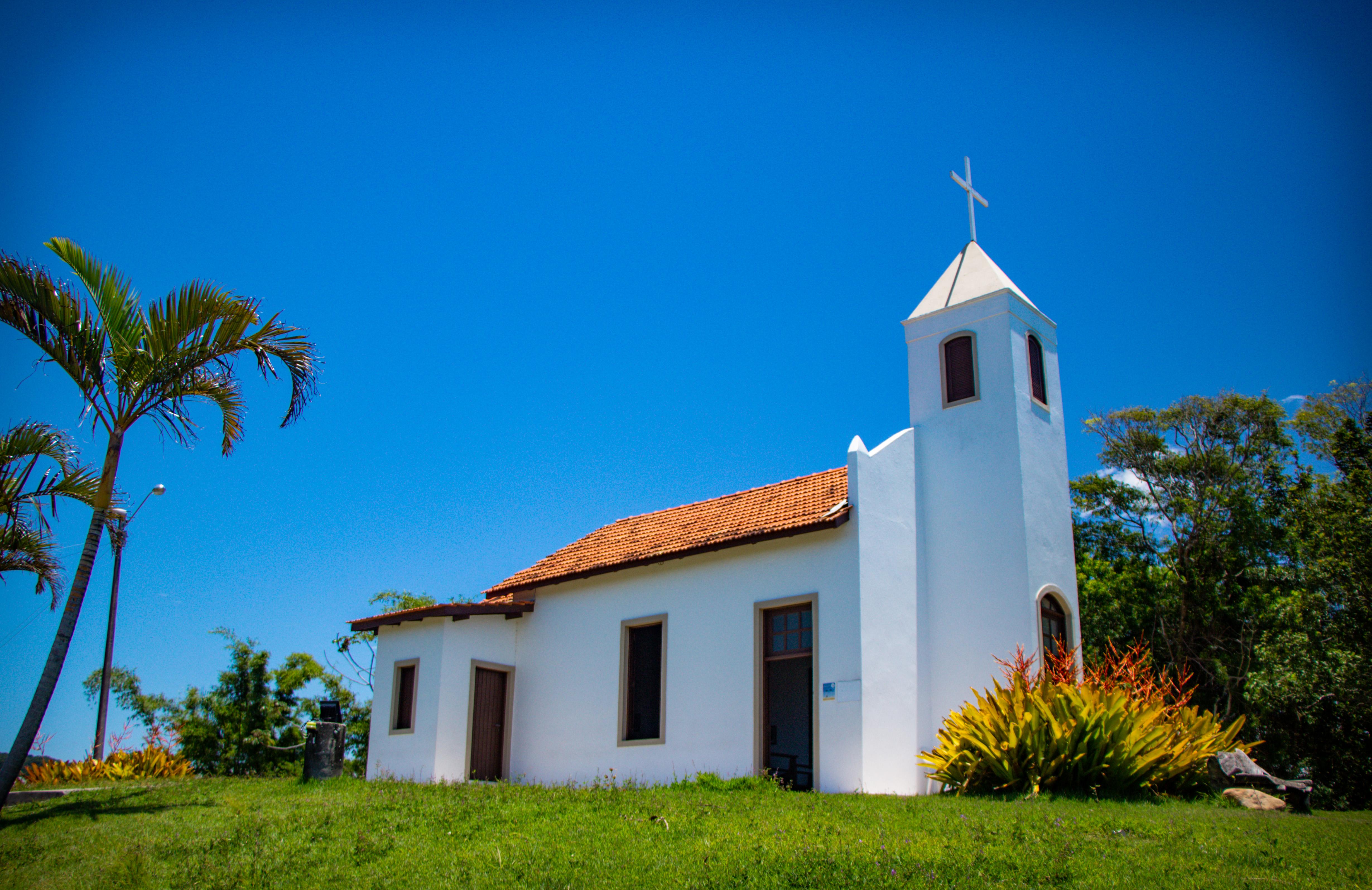 BOMBINHAS: Capela Nossa Senhora Imaculada Conceição