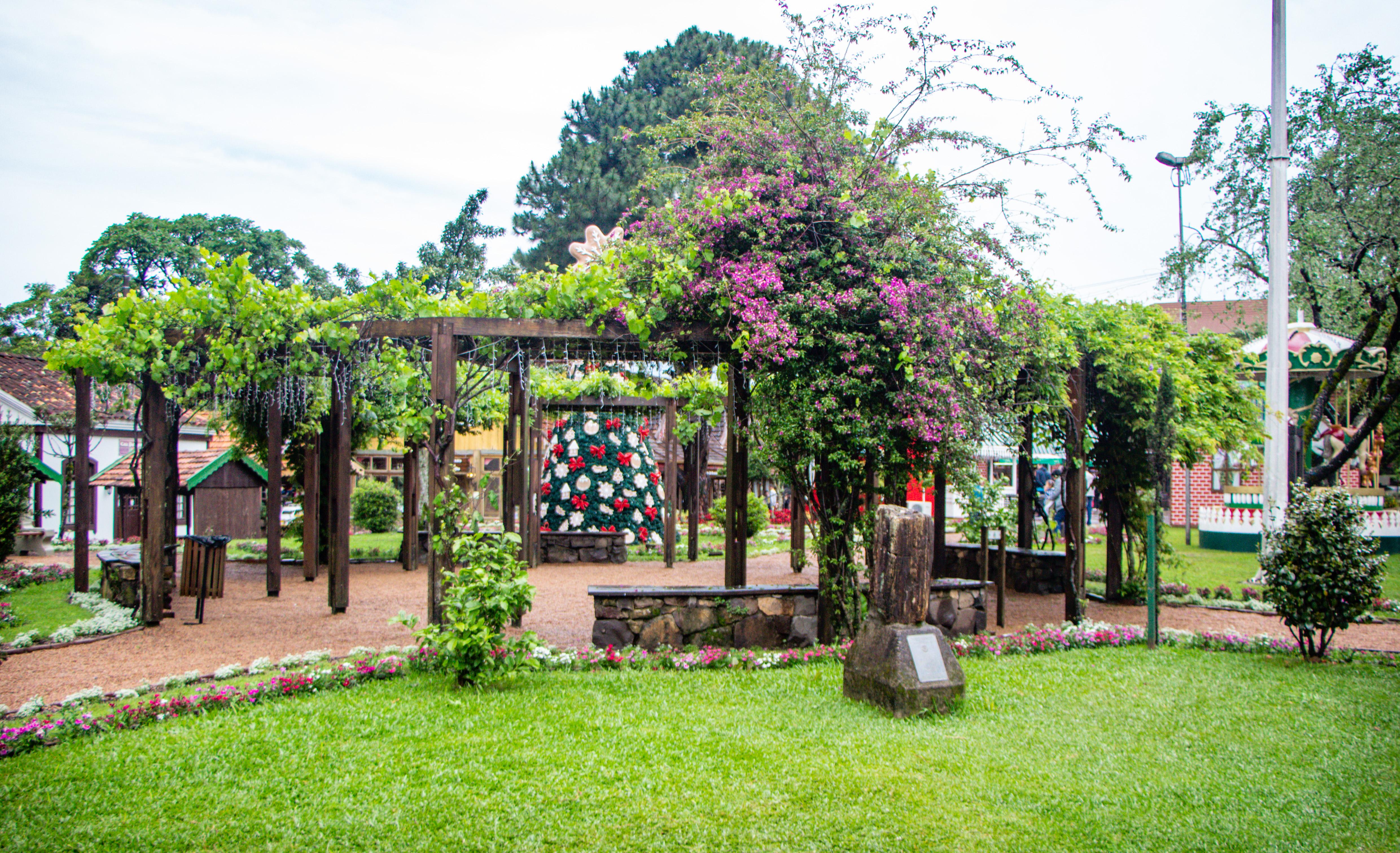 jardim da praça das etnias