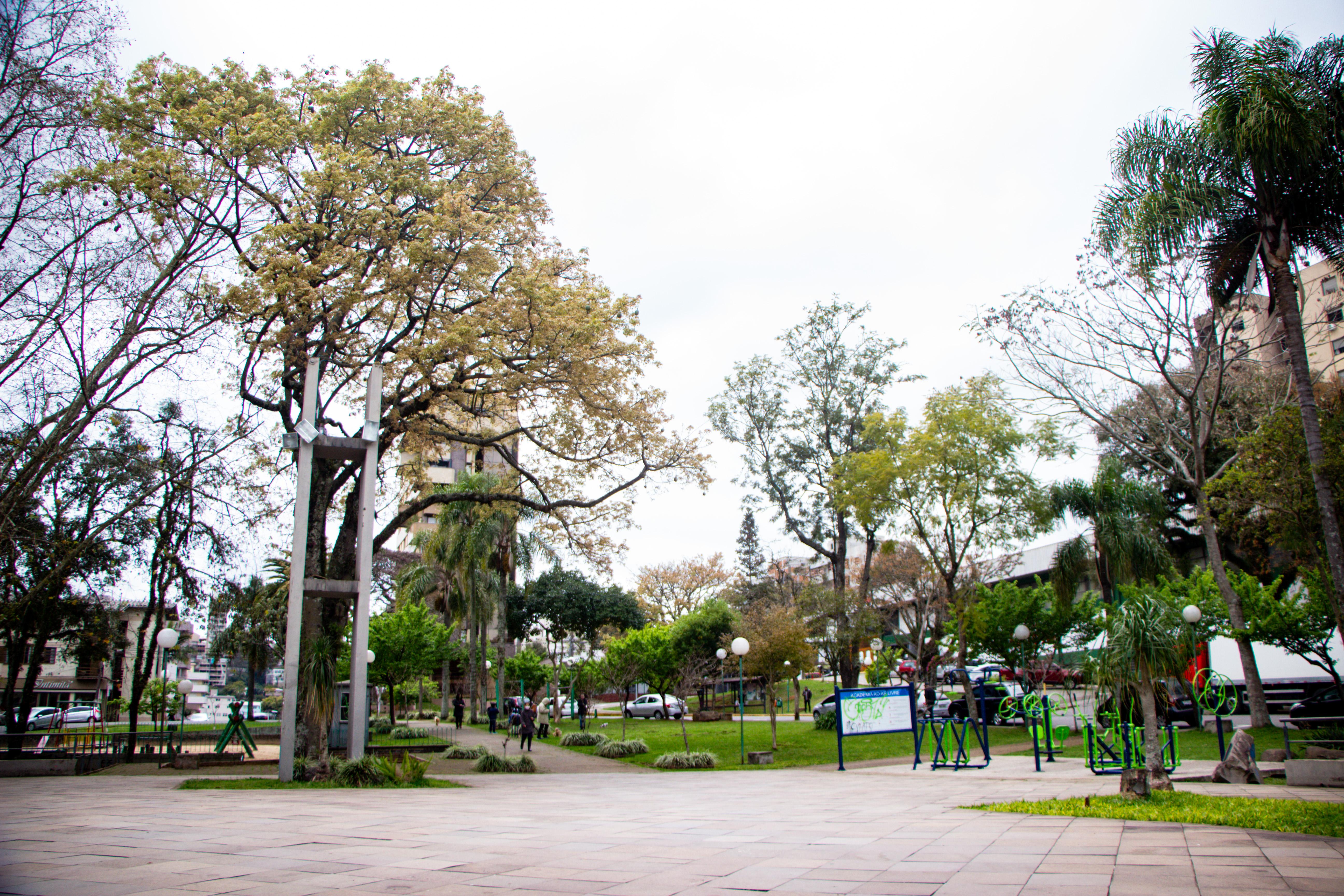 Praça Dr. Vico Barbieri BENTO GONÇALVES